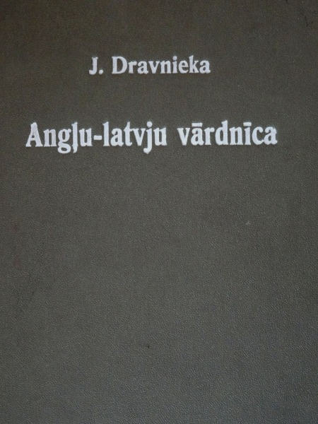 J. Dravnieks - English-Latvian dictionary