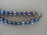 Pearl necklace. Length 48 cm