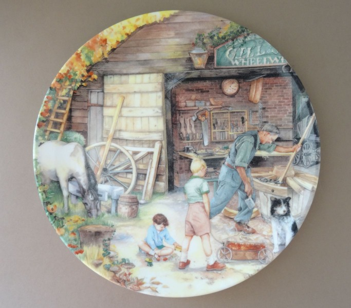 Šķīvis Susan Neale Nr. 3139B - Old Country Crafts. Porcelāns, 1991 gads