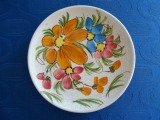 Plate with flowers. Handiwork, porcelain, d 16 cm