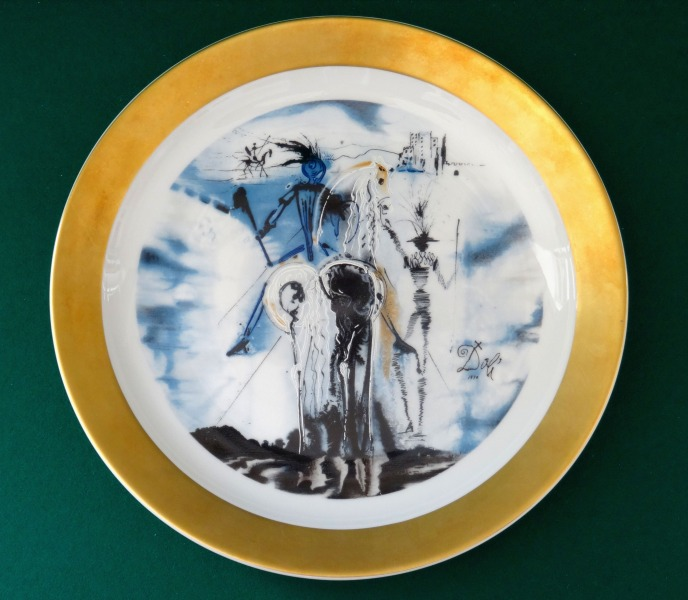 "Salvador Dali (1904-1989) - ""Don Quichotte"" Dish"