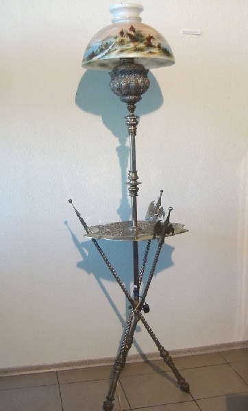 Floor lamp with swords (with electricity)