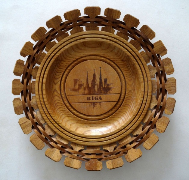 "Decorative wooden wall plate ""Riga"". 20th century second part"